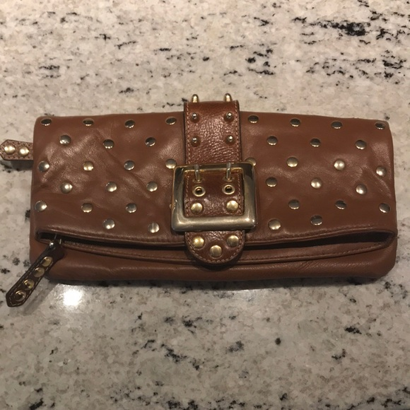 Be & D Handbags - Be & D Leather Cluthch